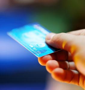 Prepaid Kreditkarten eignen sich ganz besonders für Jugendliche