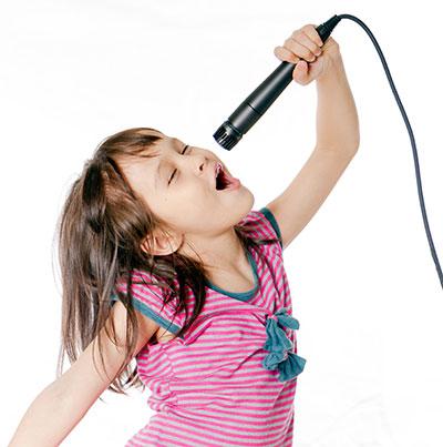 Kind singt gerne