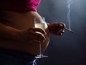 Alen der Strafen wie Rauchen aufzugeben, auszudrucken
